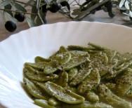 Cacio e Pepe Variation (Olive Leaves)